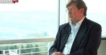 Udo Ulfkotte während des COMPACT-Interviews. / COMPACT TV