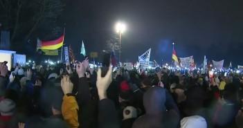 Neuer Termin, in Dresden – COMPACT Live jetzt am 22.01.2015: PEGIDA – Antwort auf die Krise der Nation?