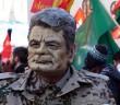 Gauck-Maske (Ausschnitt. Foto: blu-news.org auf flickr)