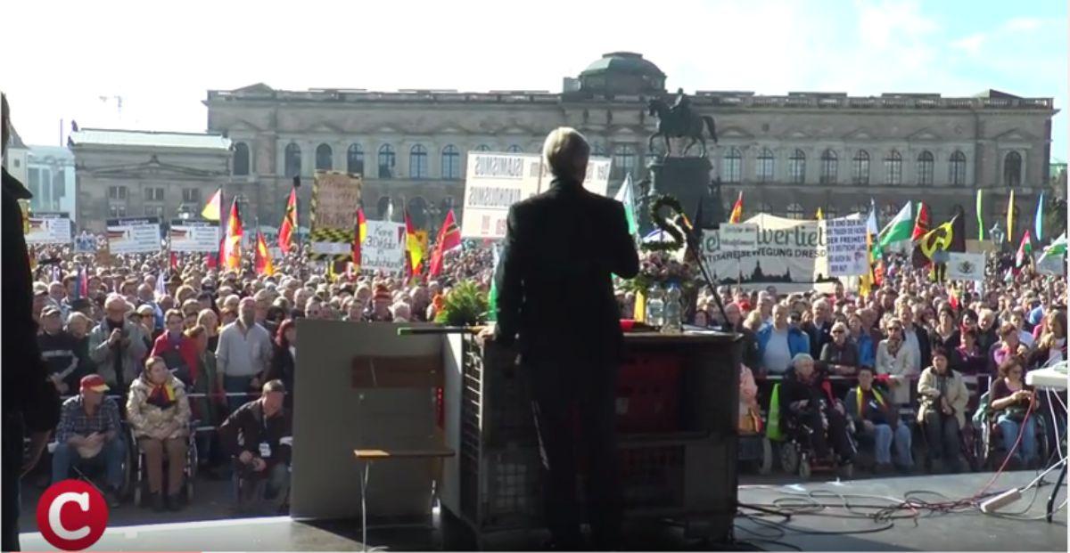 17. Juni 2019: Jürgen Elsässer spricht bei Pegida