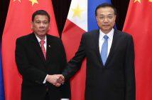 Der chinesische Premier Li Keqiang (r) trifft sich mit dem Prädident der Philippinen, Rodrigo Duterte. picture alliance/ZUMA Press