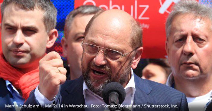 Martin Schulz vor dem Mikrophon