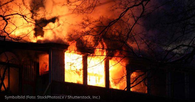 Feuer brennendes Haus Brand