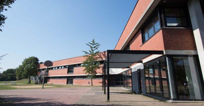 Johanneum_Lüneburg_-_Mensa_und_Sporthalle