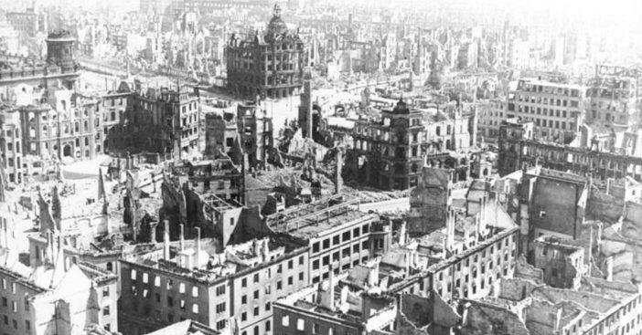 Zerstörtes_Dresden