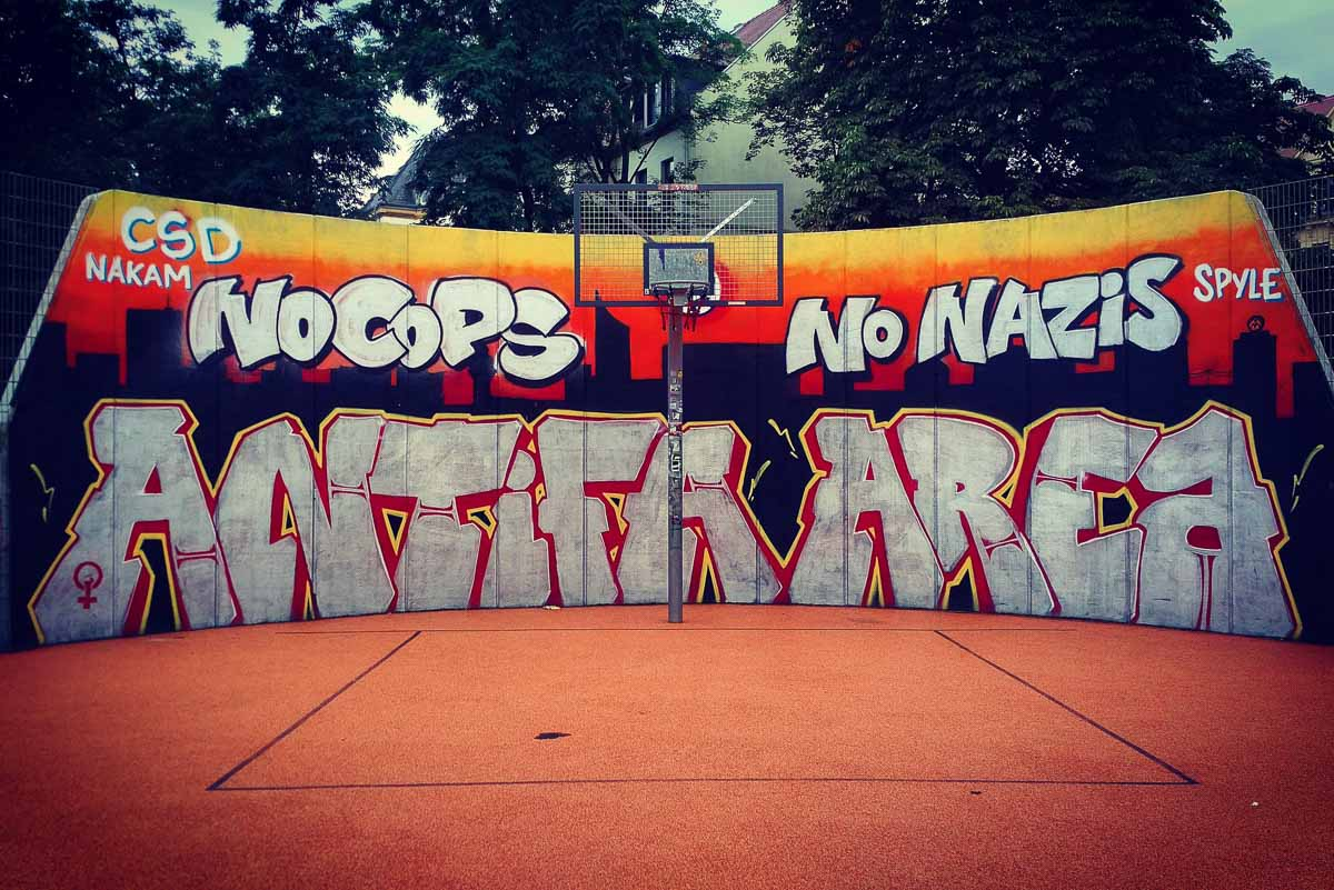 Antifa-Graffiti-Leipzig-Connewitz.jpg