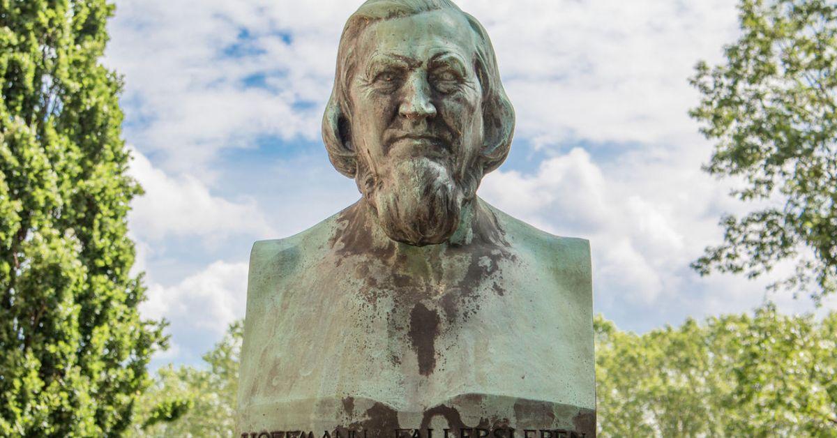 Hoffmann-von-Fallersleben-Nationalhymne.jpg