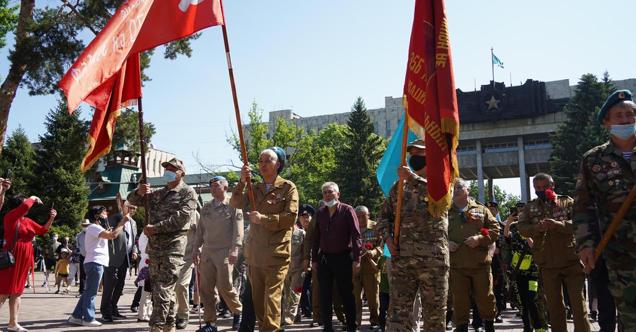 Veteranen_Rote-Armee_Afghanistan_Easy-Resize.com_.jpg